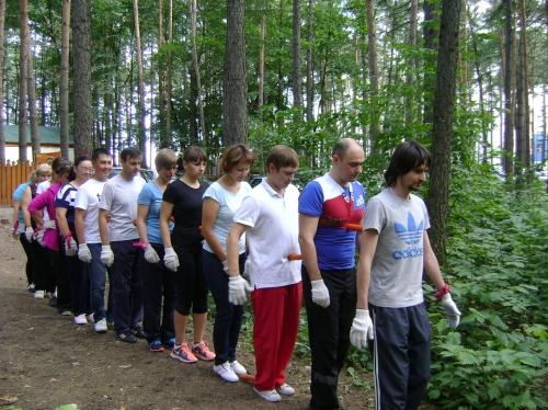 Веревочный курс в городе Уфа - можно и рядом с офисом! Сплочение и улучшение коммуникаций - тренировка для корпоративной команды. Мы можем провести тренинг и для вас - звоните 8-917-402-45-45, 8-937-336-38-37