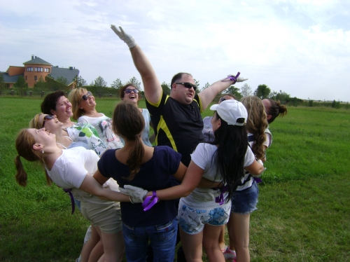 Несмотря на то, что в коллективе были в основном девушки, команды успешно справлялись с каждым упражнением, доказывая, что совместными усилиями можно решить любую задачу